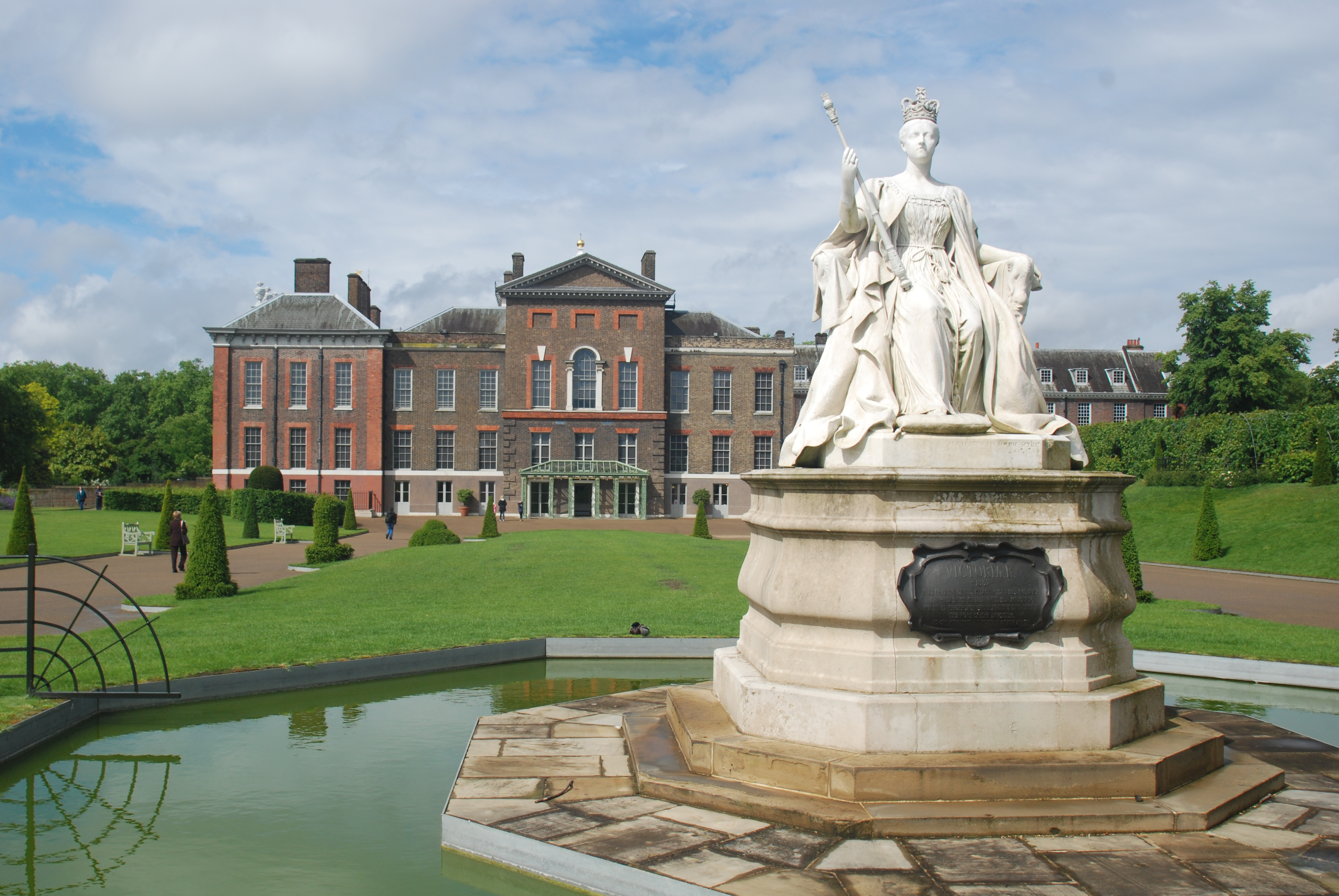 Kensington Palace London The Bentley Hotel Attractions
